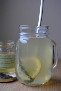 tisane-thym-miel-citron-gingembre