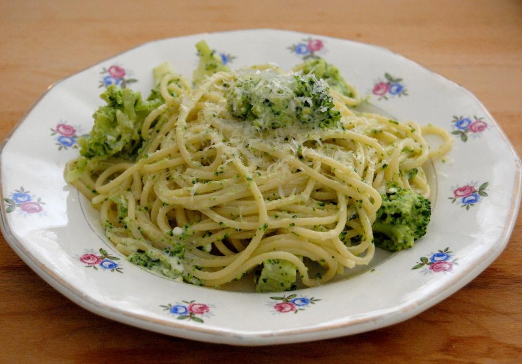 pâte-brocolis-fromage-de-chèvre-3711x2592