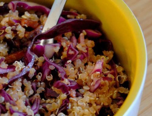 Salade au quinoa et choux rouge