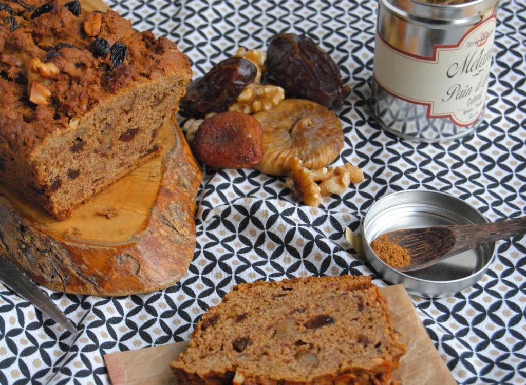 cake-aux-fruits-secs-sans-oeufs