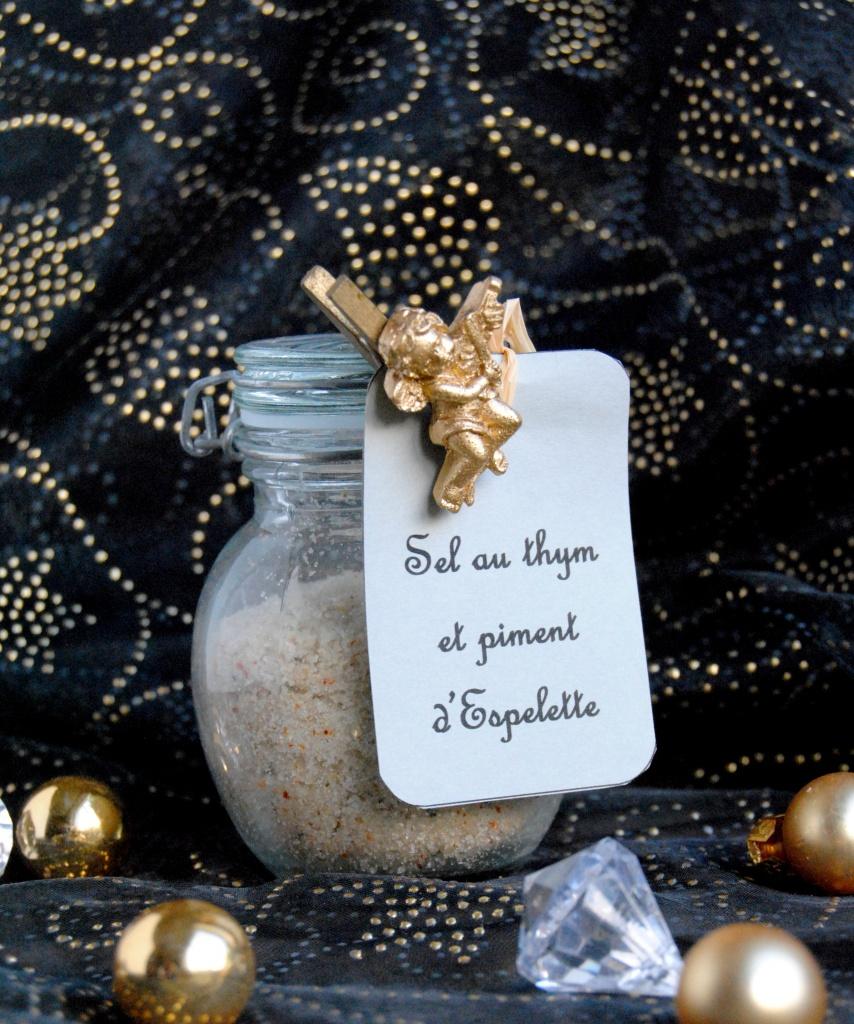 sel-aromatise-thym-piment-espelette