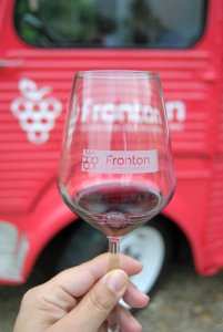 fronton-wine-truck-1