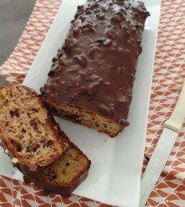 cake-banane-chocolat-glaçage-rocher