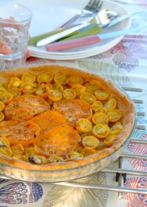 tarte-tomate-oignons-moutarde-ancienne